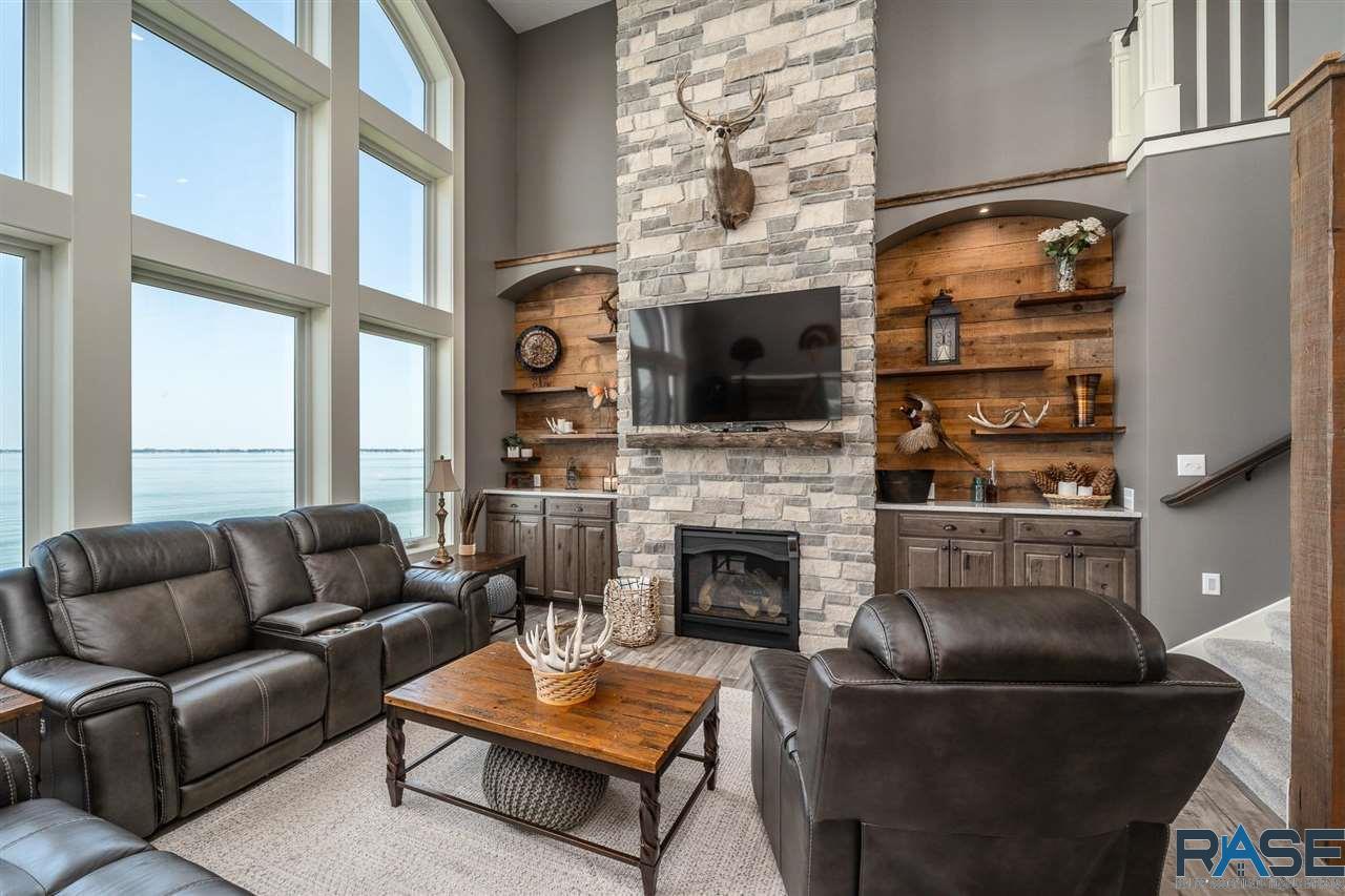 ASRE Lake Poinsett Executive Home Living Room 3